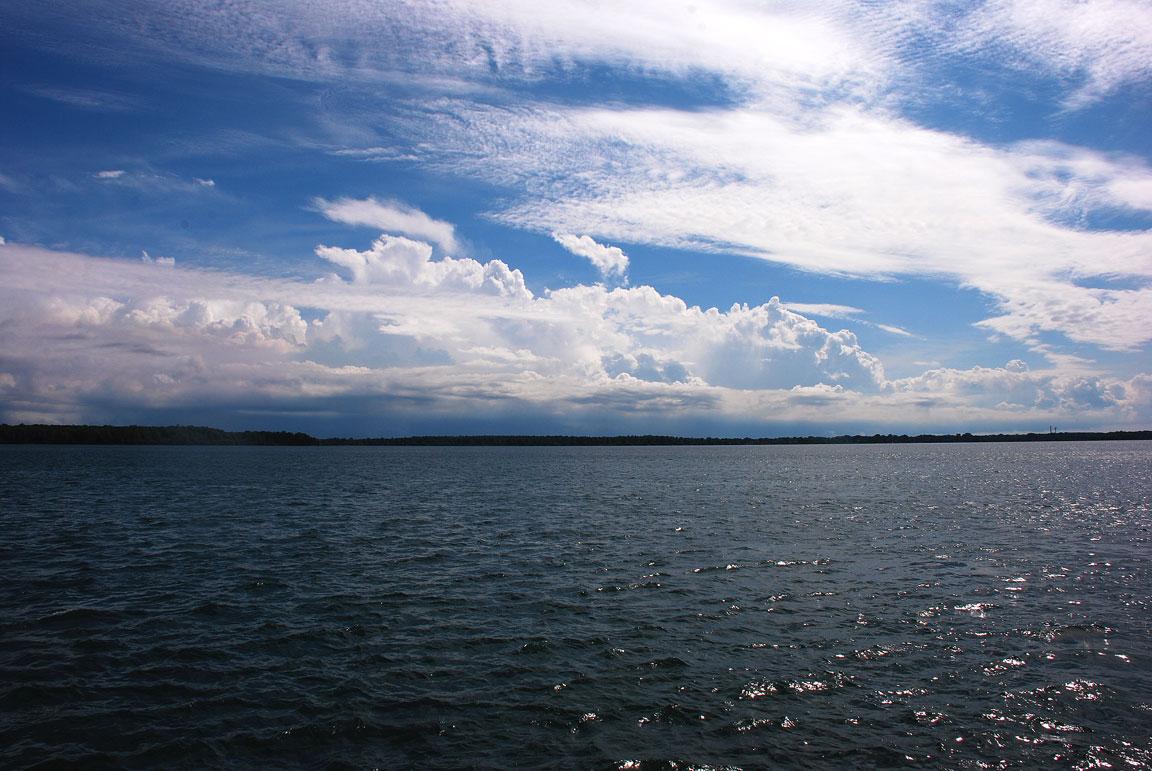 sky watch over the niagara river greenapplesgarden